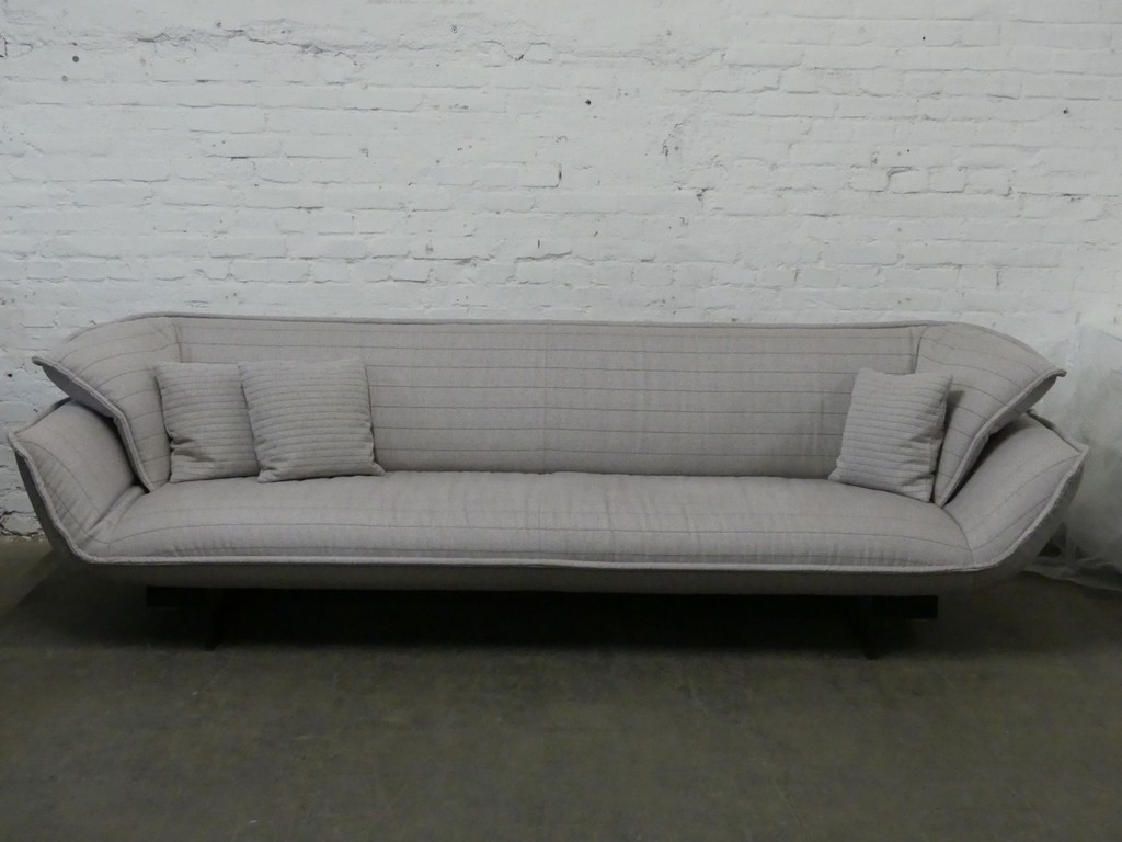 Outlet Cassina Sofa Beam Stoff Hellgrau Outlet Vitrapoint Dsseldorf within sizing 1280 X 960